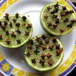 Wow! RT @minieSayz: Natural Mosquito Repellent! Slice a lime in half and press in a good amount of cloves. (via FB)