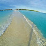 Whatte! i wanna GO! RT @sgbalaji2000: @Chinmayi  Natural Walkway, Maldives.  unbelievably beautiful @Chinmayi