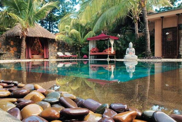 RT @SpaIncMag: Our peaceful pic of the day comes from @Dinarobin_hotel in #Mauritius.  #peacefulPic #globalSpas #spaLove #relax #spa http://t.co/lc3aCIDKN2
