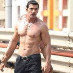 RT @moviesndtv: Movie review: Shootout At Wadala - Two and a half stars http://t.co/lY6g2cmuNf