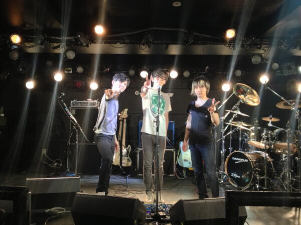 解散ライブの竹内電気SUPER LIVE!!~魅惑の2days~にご来場頂きありがとうございました。今まで竹内電気に関わってくださった皆さんに感謝致します。ありがとうございました!! http://t.co/E3Z8E8fuI7