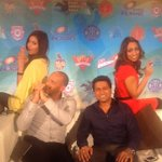 RT @Iamshonali: Spot the angels and guess who's Charlie here? @markbutcher72 ,@cricketaakash, @isaguha