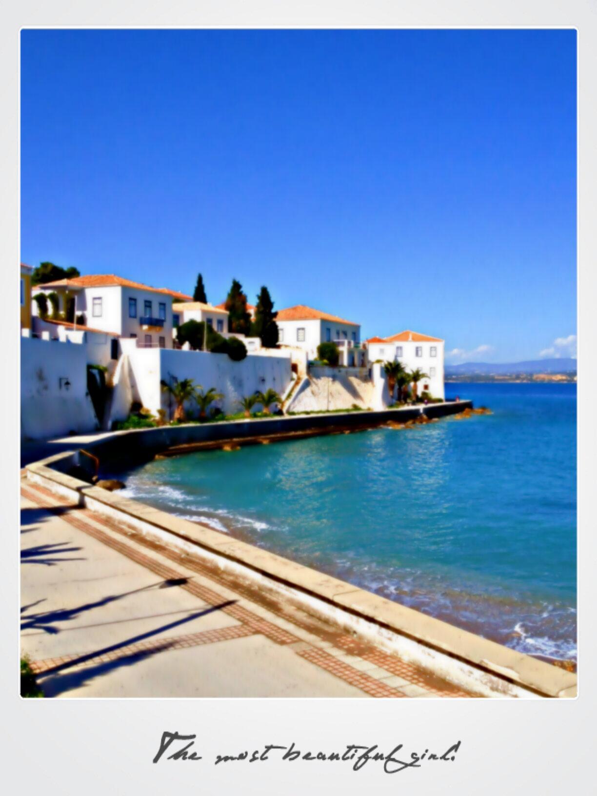 RT @ArmataHotel: Easter on Spetses Island!  #Greece @VisitGreecegr http://t.co/J97eeRmRL0