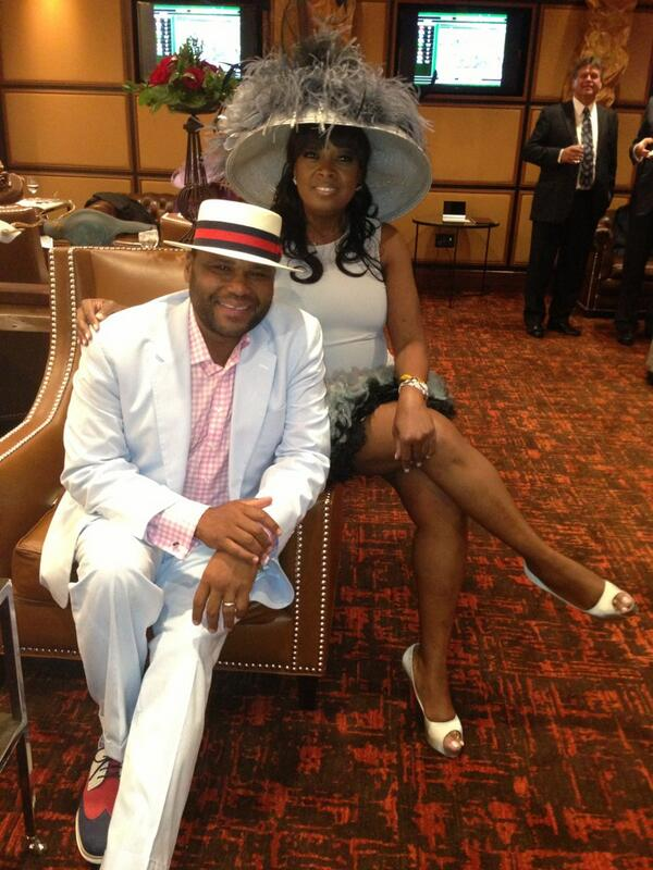 Woooo Hoooo! Celebrating our win @ #KYDerby with @AndersonAnthony.  We just won the trifecta in race 8 on my picks! http://t.co/BUMeJaeePC