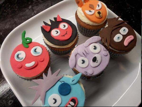 YUMMY!! The Moshi Monsters look ROARsome on these delicious cupcakes! http://t.co/FC4WDdEc1H