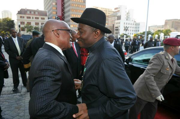 President Zuma greets President Jonathan @ Tuynhuys, Cape Town at the start of Nigeria's state visit to South Africa http://t.co/tRYExWRv1C