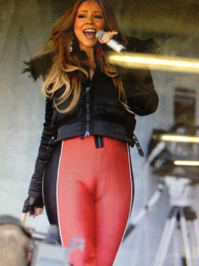 "reeceyjai : ""hey!"" from Mariah Carey's camel toe. http://t.co ..."