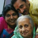 Wishing my lovely parents a very Happy Anniversary....so proud to be ur daughter...love u guys a lot ♥