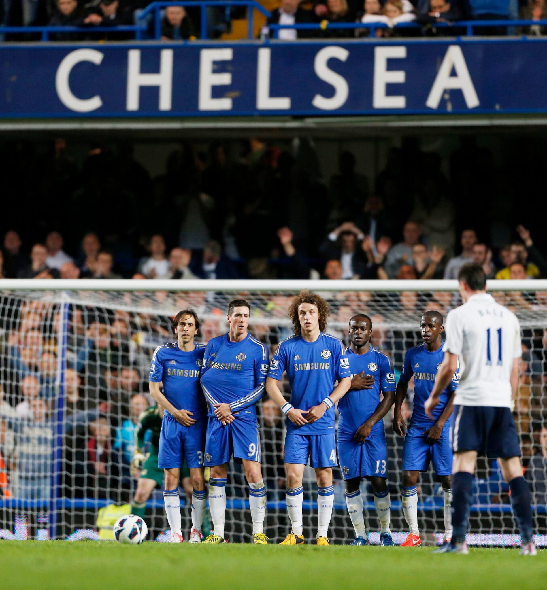 PHOTO Gareth Bale had a late free-kick chance to win it for Tottenham, but it wasn't to be on this occasion. #CHETOT http://t.co/0AYqAgcLS6