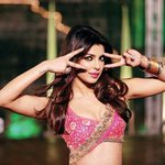 Oh Teri! - Priyanka Chopra's first look for 'Pinky Hai Dilwaalon Ki' from the movie 'Zanjeer'.