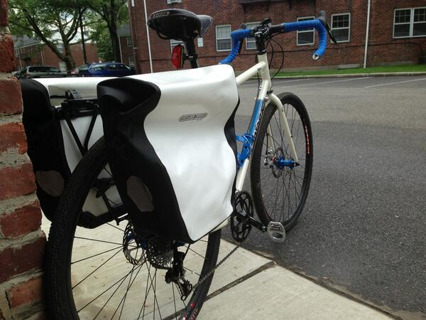 RT @dustythewhale: @mattybfat  orlebar bags and @salsacycles rack came today.   Ready for tomorrow's commute http://t.co/RobMxVSstX