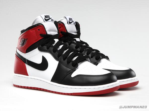 "Originally rocked by the Jumpman himself, our ""Black Toe"" Air Jordan 1 Retro returns this Saturday: http://t.co/iXZT1DnZWL"