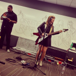 Thanks @SerenaRyder for performing at Pandora's Oakland office today!