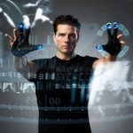 Did 'Minority Report' predict the XBox and iPad? http://t.co/lp2LFHEANF Great @overthinkingit article -TeamTC