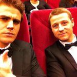"""@paulwesley: On a romantic date with @ben_mckenzie appropriately seeing the new HBO Liberace film. http://t.co/iouggIMjmX"".  Pftomeu"