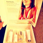 RT @PerisMmo: @CindyCrawford special thanks for this amazing skincare kit.