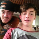 Salah mention tuh...RT @greysonchance: hanging with my new favorite rapper @3ree6ixty in Bali  #balla http://t.co/4PsORTBKAD