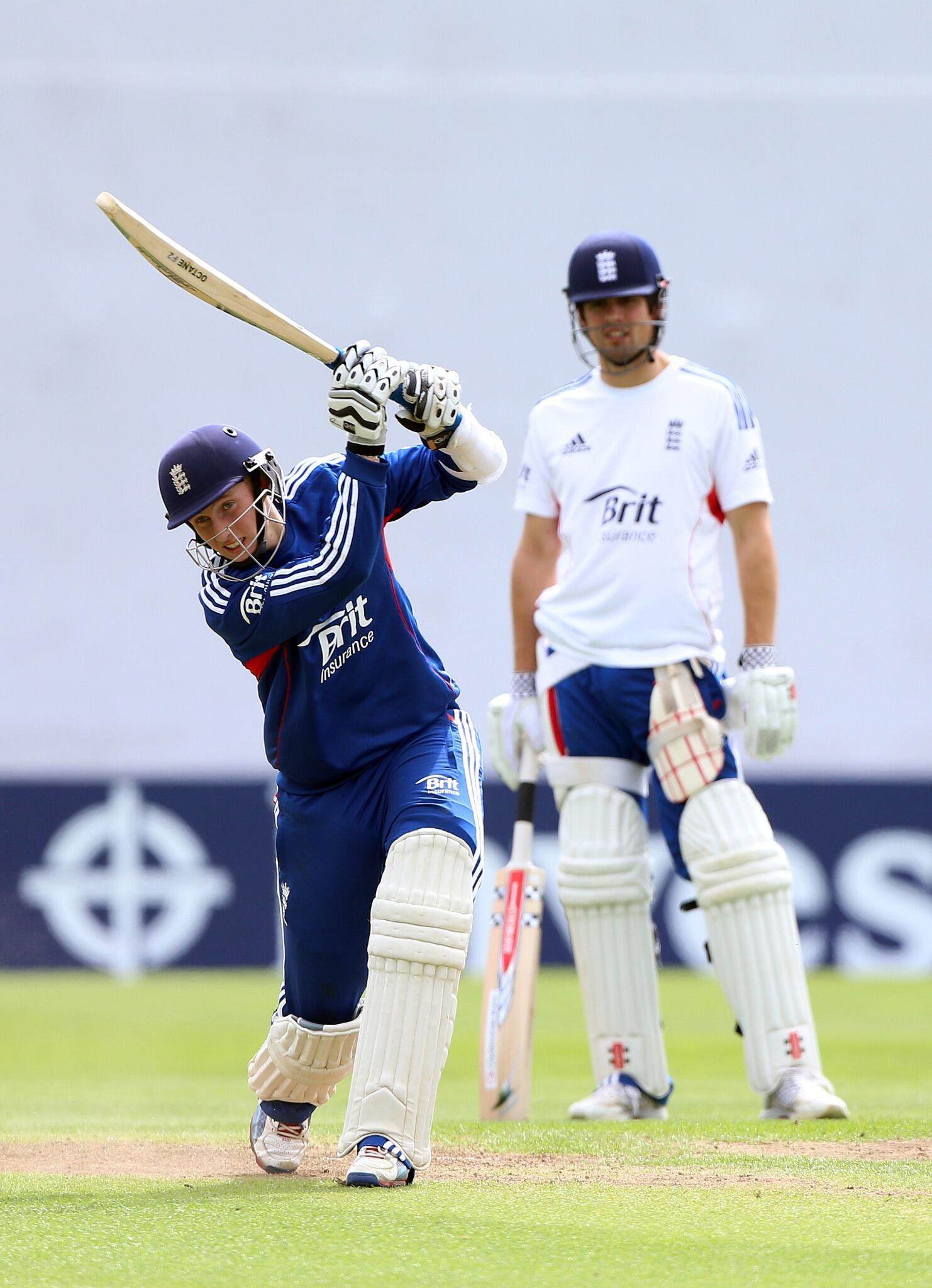 RT @Busfield: Good luck @joeroot05. @Yorkshireccc lad playing for England at Headingley for the first time http://t.co/csV9Tz2m7o