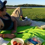 Picnic with this guy. 😊 http://t.co/6XGkcrKYSY