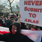Im fed up of talking about the EDL now but I had to tweet this because it nearly made me fall off my chair laughing http://t.co/I6pe8IujS2