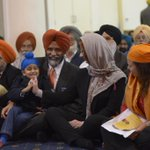 """@tim_chr: This is lovelyThe PM is the first Prime Minister to ever visit a Sikh Temple in Australia. TeamJG http://t.co/jinaqLcWWS"" @ellais"