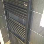 One of our standard #bathroom heated ladder rails in F15 or Antracite Brilliante Metallizato exclusive to our web http://t.co/SnS4ZB0xh0