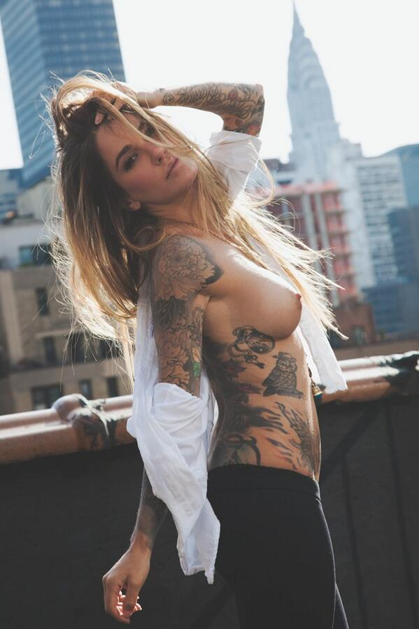 RT @JesseLeeNYC: @Tattooed_Babes u r the bestest & sweetest! Mwah! & this is for u! Photo: @AllanFredrick #nsfw #tattoo #inkedgirl http://t.co/RscF9miRnC