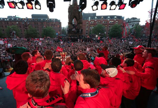 BKN6tIJCEAAxwJS Sir Alex Ferguson has one last dig at Liverpool on the Manchester United bus parade