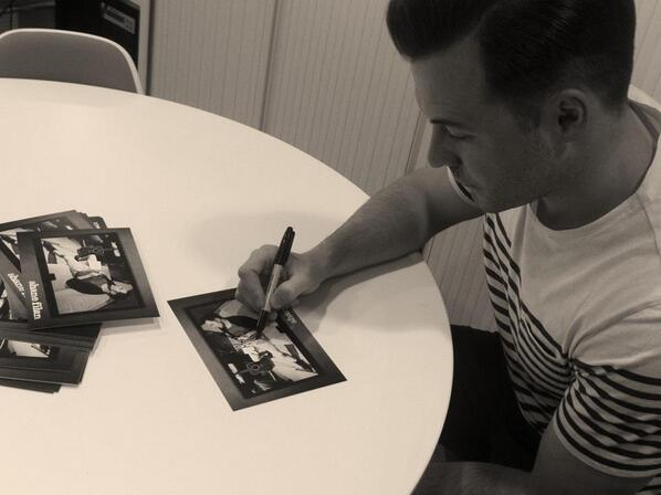 Shane Filan World (@ShaneFilan79): ' @ShaneFilan is signing photos for all the #FilanFriday competition winners!!' Congrats to all the winners!! http://t.co/2KUhoPMFcE
