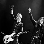 "Cool shot wait till u hear the new tracks! ""@GunnerEterna: @DuffMcKagan @sebastianbach thanks for giving us Rock!"