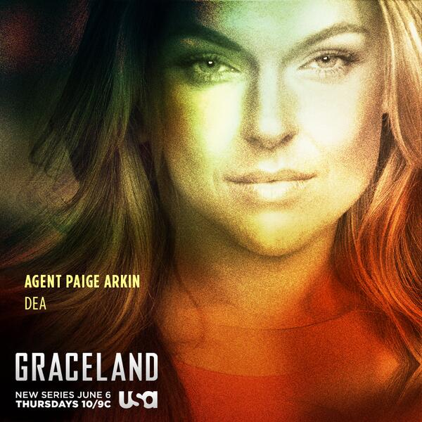Meet Paige Arkin (@SwanSerinda), a DEA  agent with the ability to make any criminal cooperate. #Graceland http://t.co/K3Rqh9DOeP