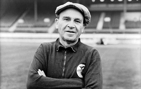 BKVY3YGCUAIU4m4 The Bela Guttman Curse: Did Chelsea win the Europa League final because of legendary coach?