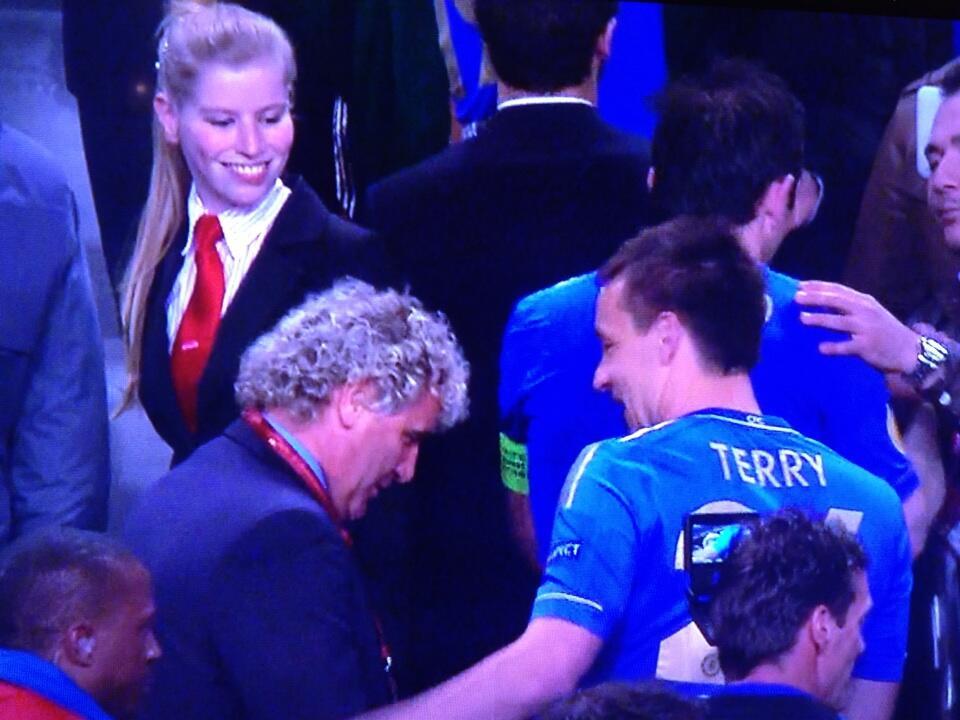 #FullKitWanker: John Terry does it again, wears a full Chelsea kit after Blues win Europa League