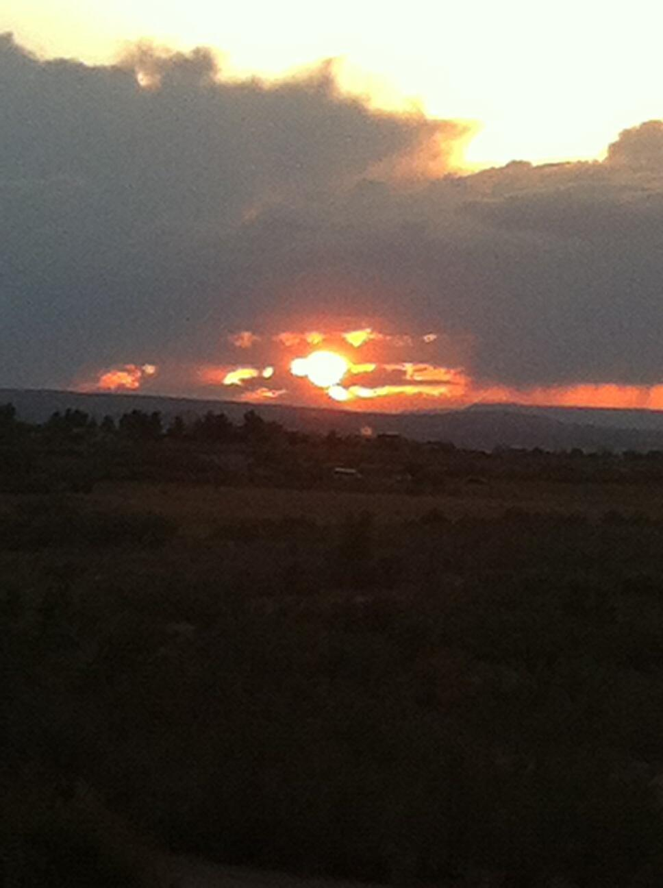 Sunset over Lake Powell in Page, Arizona http://t.co/jqdjct5lrP