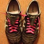 WIN our #pinklaces for  #CHEvREDS RT this n follow @FaingaaTwins @NBCFAus @MDCrun4research #breastcancer #respect http://t.co/bcvM4LssX1