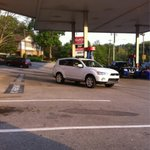 I watched this guy park here &amp; hurry into the GetGo. Was he lost? Had to pee? No, he came out w/a 44oz pop &amp; snacks. http://t.co/cMCPwXXnyt