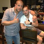 @gokhantherebel: Chilling with my friend @sneijder101010  in istanbul #cimbom http://t.co/qwBcR5n68bhaha BOSSSS