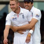 That's man love, right there! @StuartBroad8 http://t.co/BQPD3N3TqK
