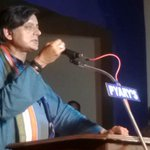 RT @ajaychandran: @ShashiTharoor inaugurating Vattiyurkavu Arapura Residents Association.