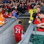 #ThanksCarra RT @LFC: The final goodbye:  #thankscarra http://t.co/1ZkKeyaRiG