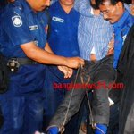 Student leader says he was tortured in custody. Unable to walk. #FreeShibirPresident #Banglaspring #torture http://t.co/AU04aKpVos