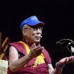 "Love this photo of the @DalaiLama wearing his UNO visor as he speaks of ""Strength through Compassion""@LakefrontArena http://t.co/kaKF2Zg2lx"