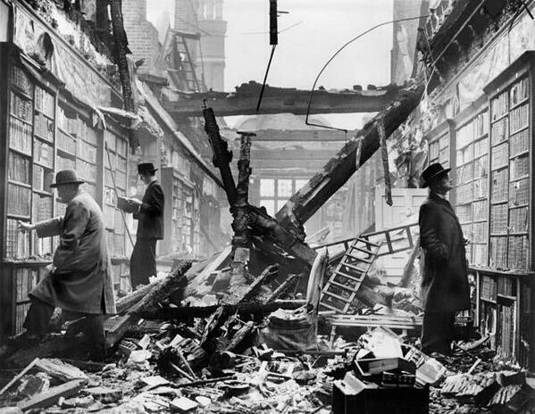 Even during the blitz, the library stays open. Amazing image. http://t.co/6vWBcu3fE9
