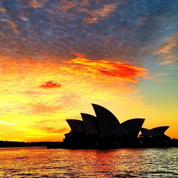 Awesome #sunrise #silhouette of the #OperaHouse in #Sydney, NSW. Love this shot by @therose25! (Shared via IG) http://t.co/UOivNKSLvM