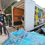 Southern Baptists in Alpharetta ready a truck of supplies for Oklahoma after tornado disaster @ajcpix @ajc http://t.co/kLTm42HWNb