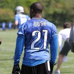 "My nigga.... damn. ""@nfl ""@DetroitLionsNFL Look who's in a #Lions uniform! @ReggieBush http://t.co/wyGUGxR6O8"""""