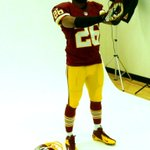 "Love the gloves! ""@Redskins: #Redskins @TheJoshWilson poses for the shoot. #HTTR http://t.co/ot19XZw0Pv"""