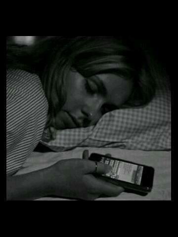 هذي النومه هي الي خربت علاقاتي مع الناس http://t.co/ERVHLKK1sG