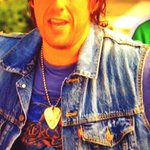 I tweeted that before i saw @AdamSandler wear the 1990 skid/aero t in the final scene!!! Kick ass!! @AlineYates