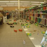 Greenville earthquake pics, bottles fall from shelves, Holiday Mkt. in Chester @KRCR7 http://t.co/OJawhIKGg5